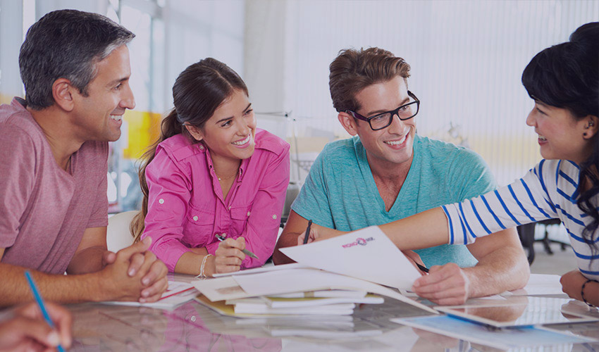 Agencja Reklamowa, którą tworzy zespół młodychi ambitnych osób.